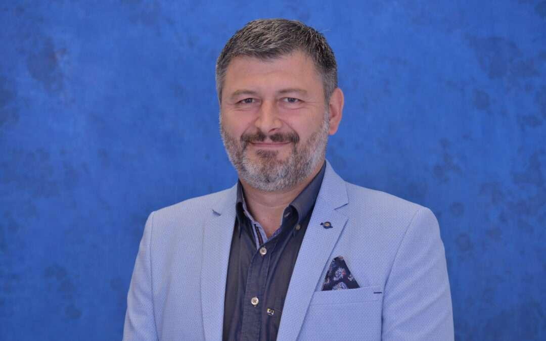 Dr Vladimir Stojiljković, plastični  hirurg, kako zaustaviti starenje